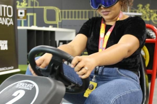 quadriciclo-a-pedal-com-oculos-simulador-de-sono-99pop-sao-paulo01f48953c9-61a4-9cc1-9793-bd1d5a647ad6E487C5F1-B1FB-8C72-93FC-5E2E3F3827C8.jpg