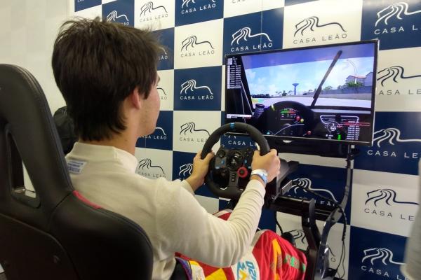 locacao-de-simulador-de-corrida-velocidade-mania-porsche-cup-interlagos4853f77e-2a22-169c-154f-2ff3419806b8DACA2E12-6EC4-F81D-F7CE-8C3428652F29.jpg