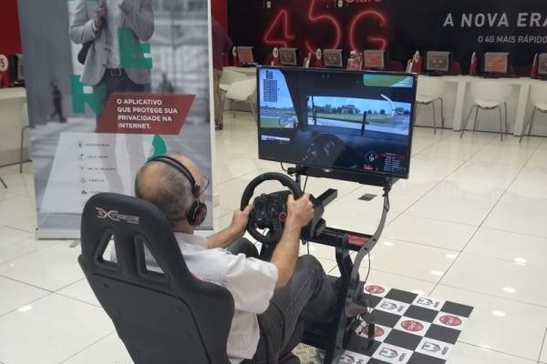 locacao-de-simulador-de-corrida-velocidade-mania-claro7B57EB95-3A1A-528A-BF9F-F9768B478A3C.jpg