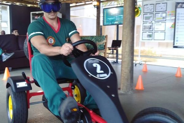 quadriciclo-a-pedal-com-oculos-simulador-de-sono-john-deer-campinasBA0336EC-37E6-AD20-903D-C1AEBA36D754.jpg